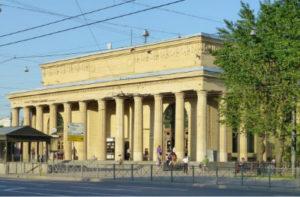 Химчистка дивана у метро Кировский завод