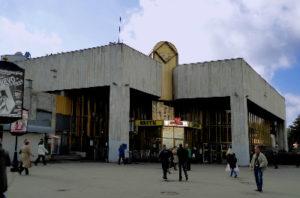 Химчистка дивана у метро Озерки
