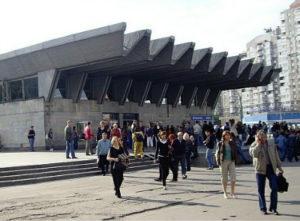 Химчистка дивана у метро Пионерская